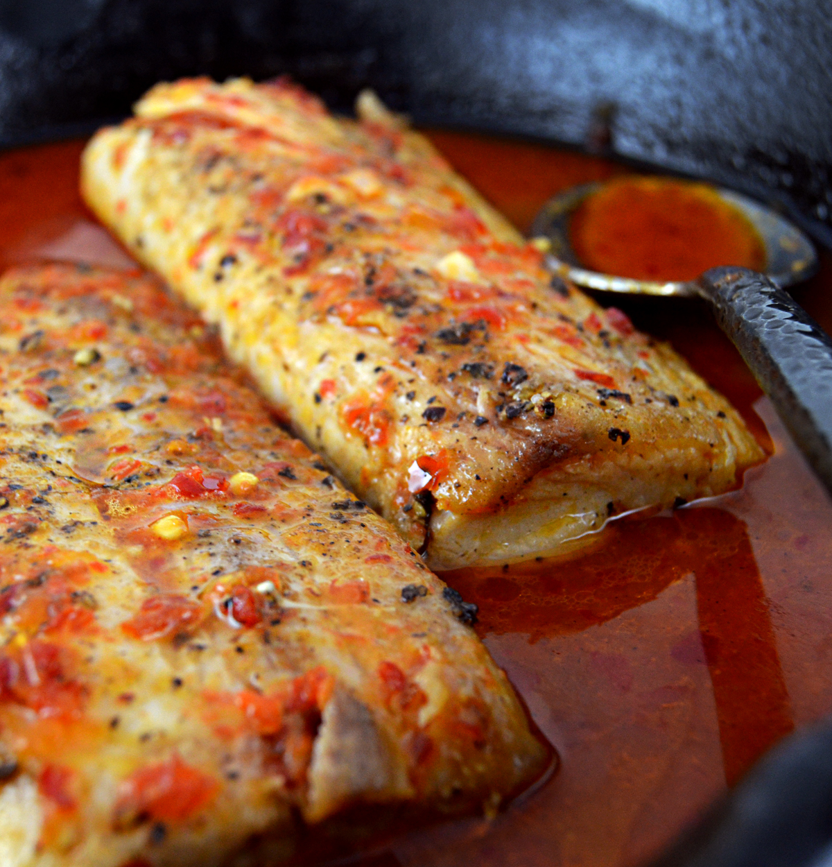 Mahi mahi in atomic chili garlic sauce astro eater for How to cook mahi mahi fish